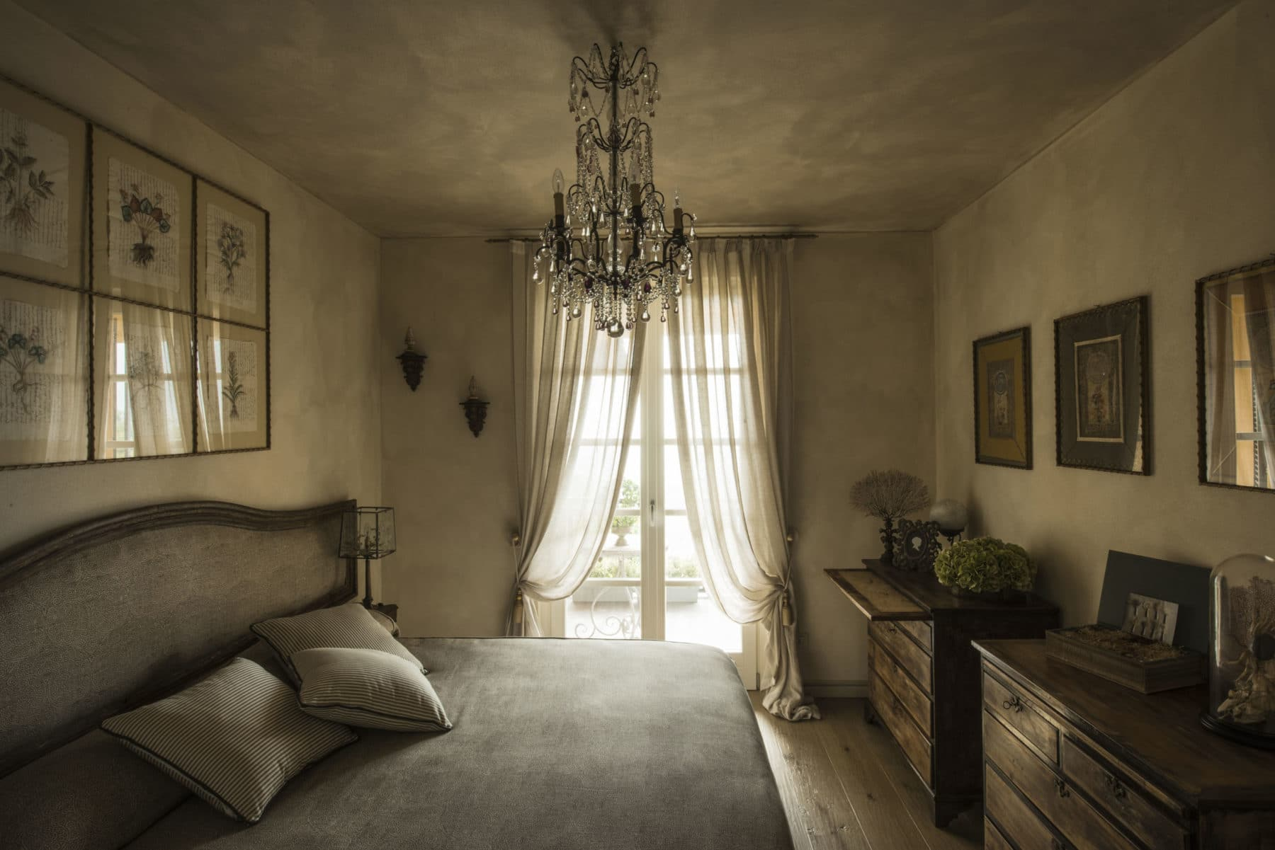 A bedroom by Quadrature Interiors
